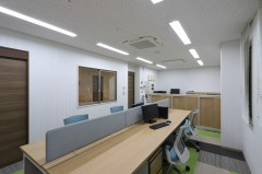 1F 事務室2