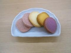 左からいちごのソフトクッキー・プレーン・かぼちゃ・紫いも。ハロウィーンっぽいでしょ♪